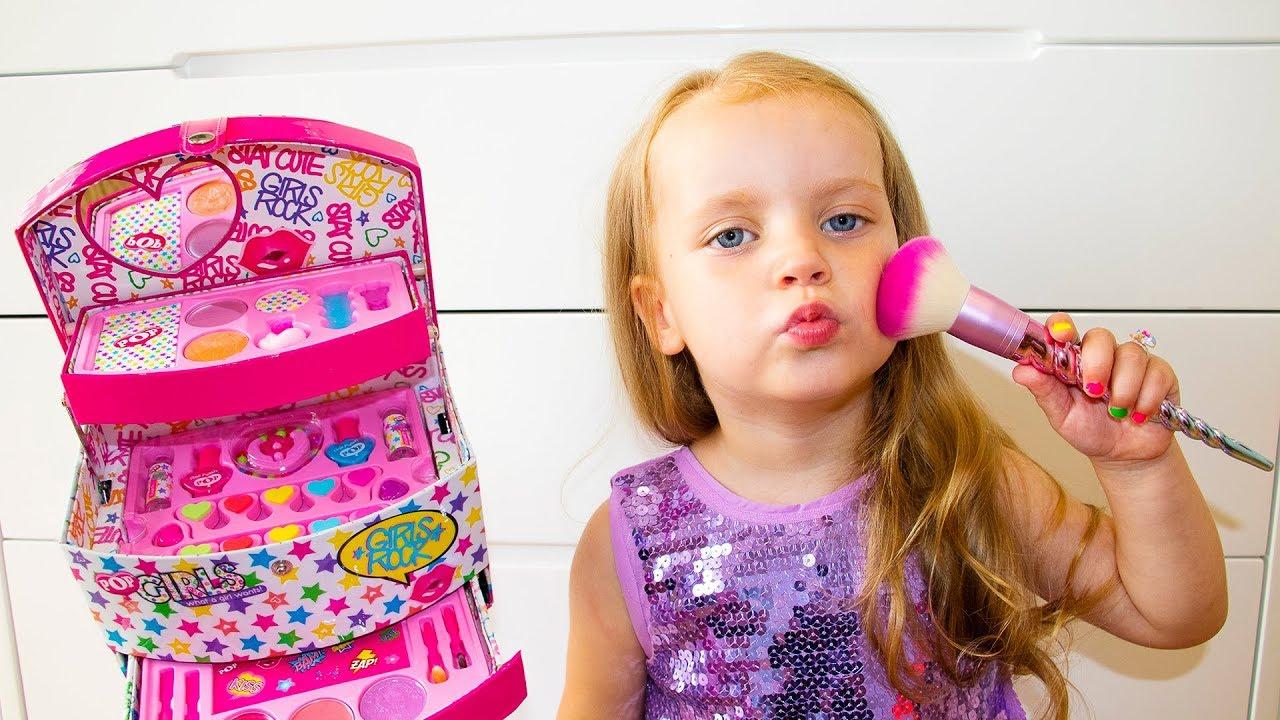 991f66e5d0471 Gaby Pretend Play Dress Up & Kids Make Up Toys - YouTube