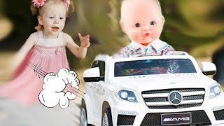 Беби Бон кукла угнала машину и попала в аварию. Куклы пупсики беби борн видео для детей Fun Toys