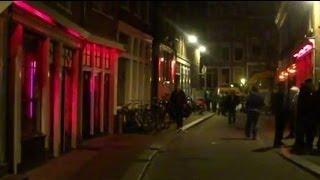 Video Amsterdam's Red Light District - Bloedstraat (Night time) download MP3, 3GP, MP4, WEBM, AVI, FLV Maret 2018
