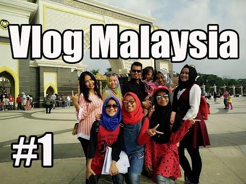 vlog#1 : Pelangi Budaya Studio goes to malaysia