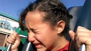 Epic Roller Coaster Fail @ Disney California Adventure Terrified girl MUST SEE! Funny!!!