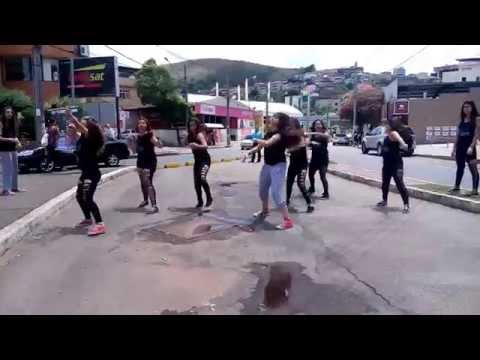 Flash Mob 2015 - Cia de Danças Izabela Leão
