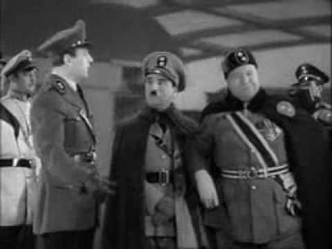 the great dictator (chaplin1940) - benzino napaloni arrives