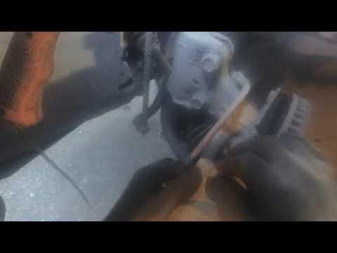 Toyota. RAV4. Замена передних тормозных колодок.