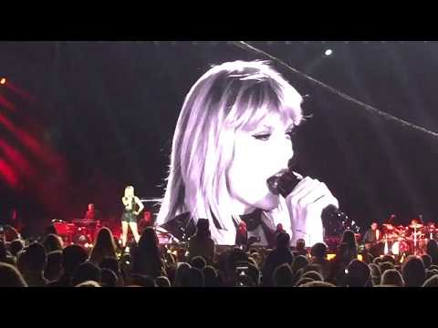 Taylor swift delicate - live 2018| fabulous performance