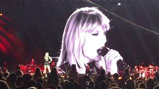 Taylor swift delicate - live 2018  fabulous performance
