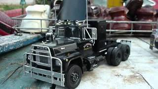 Rubber Duck Mack - 1:32 scale
