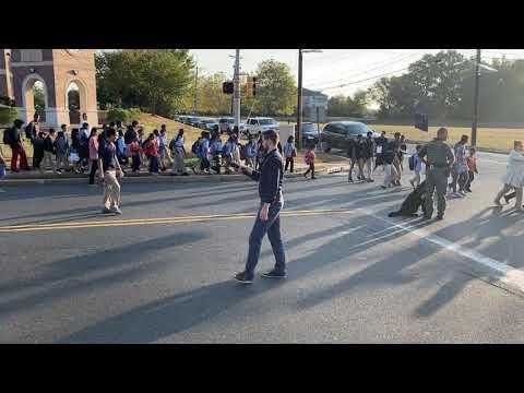 Thomas Edison EnergySmart Charter School - National Walk & Bike to School Day (Crossing Pierce)