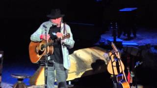 Neil Young Carnegie Hall New York 07-01-2014 Comes A Time & Long May You Run