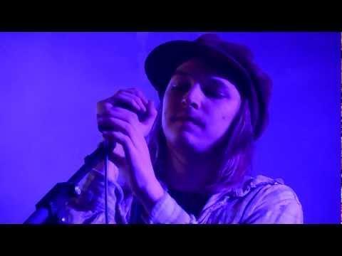 Lassi Valtonen - Valot (Live • Klubi • Tampere • Rauli Badding Somerjoki cover)