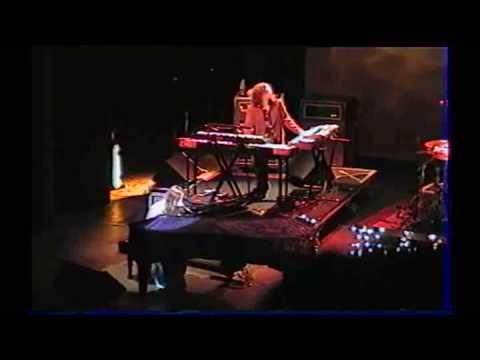 Fiona Apple - Get Him Back (2006) Paris, France