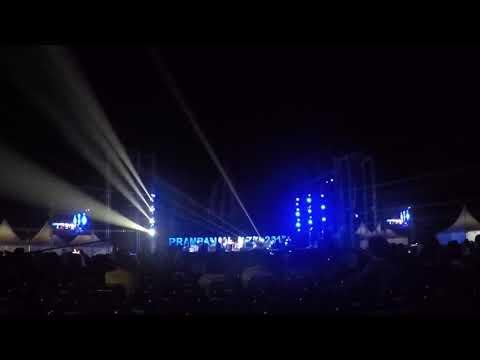 Raisa x Isyana - Anganku Anganmu (Live in Prambanan Jazz Festival 2017)