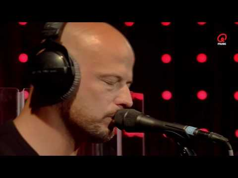 The BSMNT: Ertebrekers - Eva Mendes (Live op Q)
