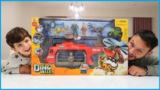 Dinozor Yakalama Helikopteri Oyuncak Seti Açtık, Oynadık l Oyuncak Açma l Prens Yankı