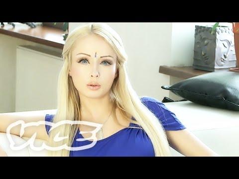 ウクライナの生けるバービー美女 - Real Life Ukrainian Barbie