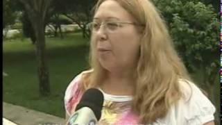 Mulher come barata em feijoada e processa restaurante em Porto Alegre