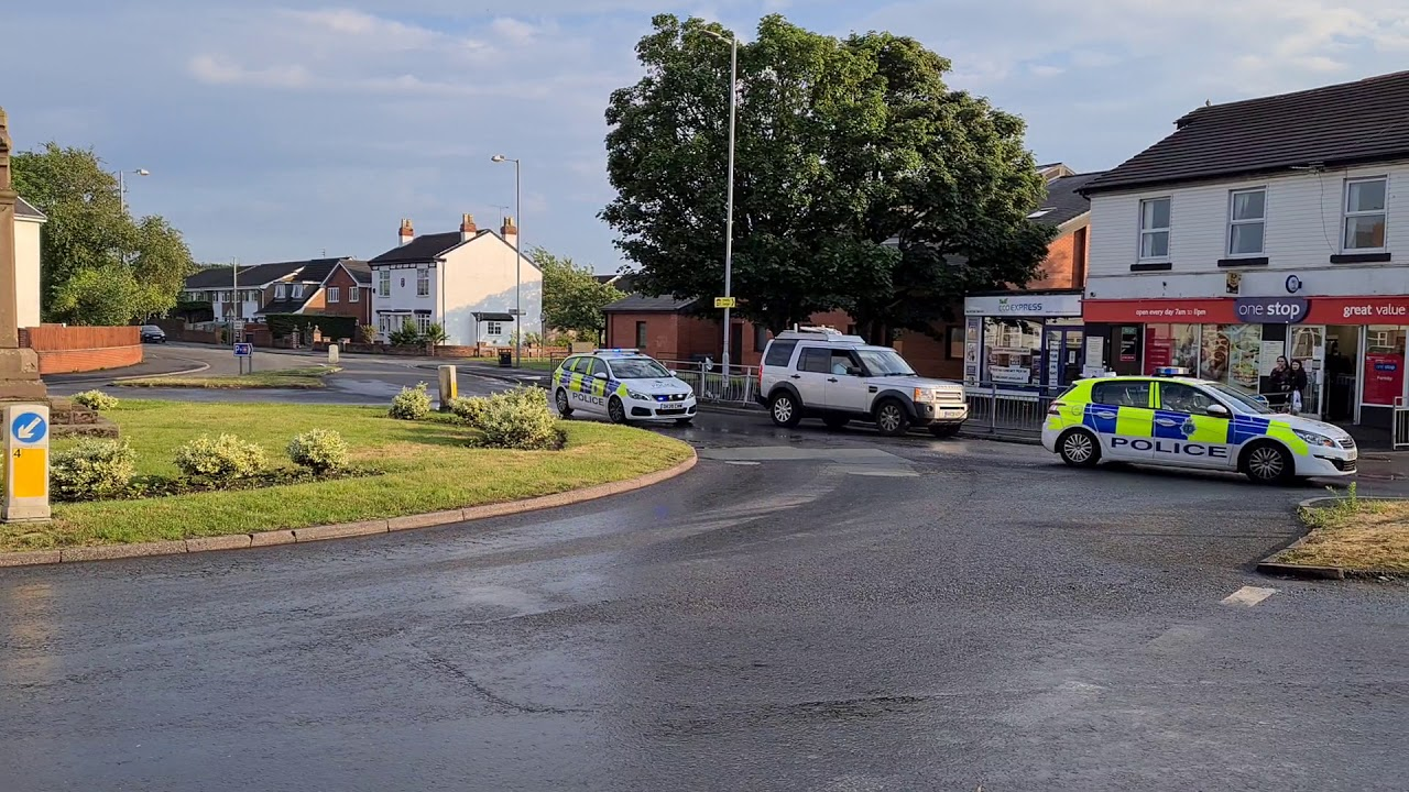 Merseyside Police 2 Peugeot 308 Responding on Blue Lights & Sirens