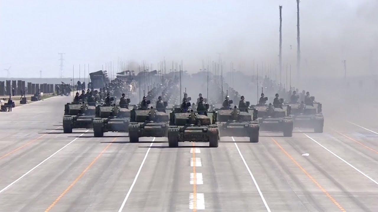 Сделано в Китае: Пекин показал новейшую военную технику