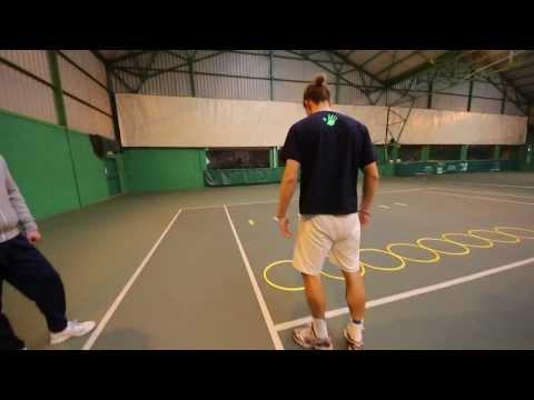Gleb Sakharov séance entraîment de coordination puis musculation sur terrain