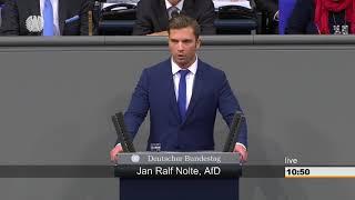 Ex-Soldat redet im Bundestag Klartext