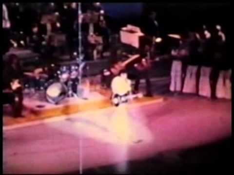 Elvis Presley Footage - August 1972, Las Vegas.
