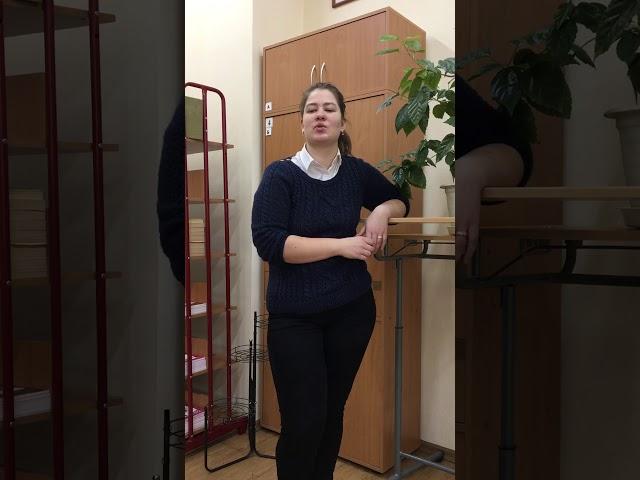 Изображение предпросмотра прочтения – КаринаКараваева читает произведение «Я медленно сходил с ума» А.А.Блока