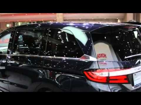 2018 Honda Odyssey Spied with Updated Lights, Lower Grille - YouTube