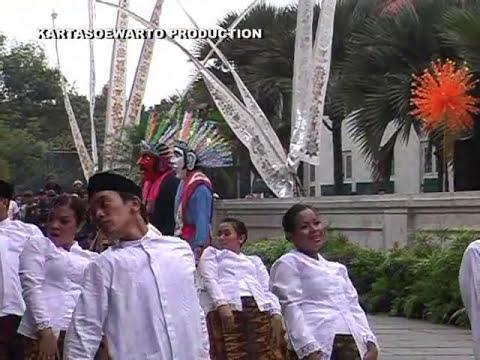Karmila - Disco Remix | Kotatua, Jakarta 2008