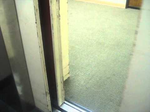 Unknown Elevator Hydrauilc At Wells Fargo Bank Santa Monica Ca