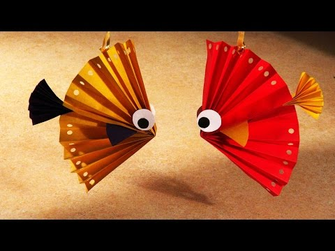 Easy christmas crafts for kids. A nice fish from paper.