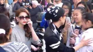 Hannah Quinlivan / Kun Ling 昆凌 @ Milan 24 september 2015 Fashion Week show Max Mara