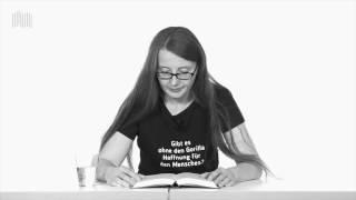 """Emma Braslavsky liest aus """"Leben ist keine Art, mit einem Tier umzugehen"""""""