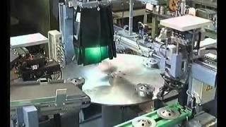 CLOOS - роботизация производства(Коллектив компании, насчитывающий около 700 работников, разрабатывает и изготавливает гамму продукции под..., 2011-03-30T06:07:29.000Z)