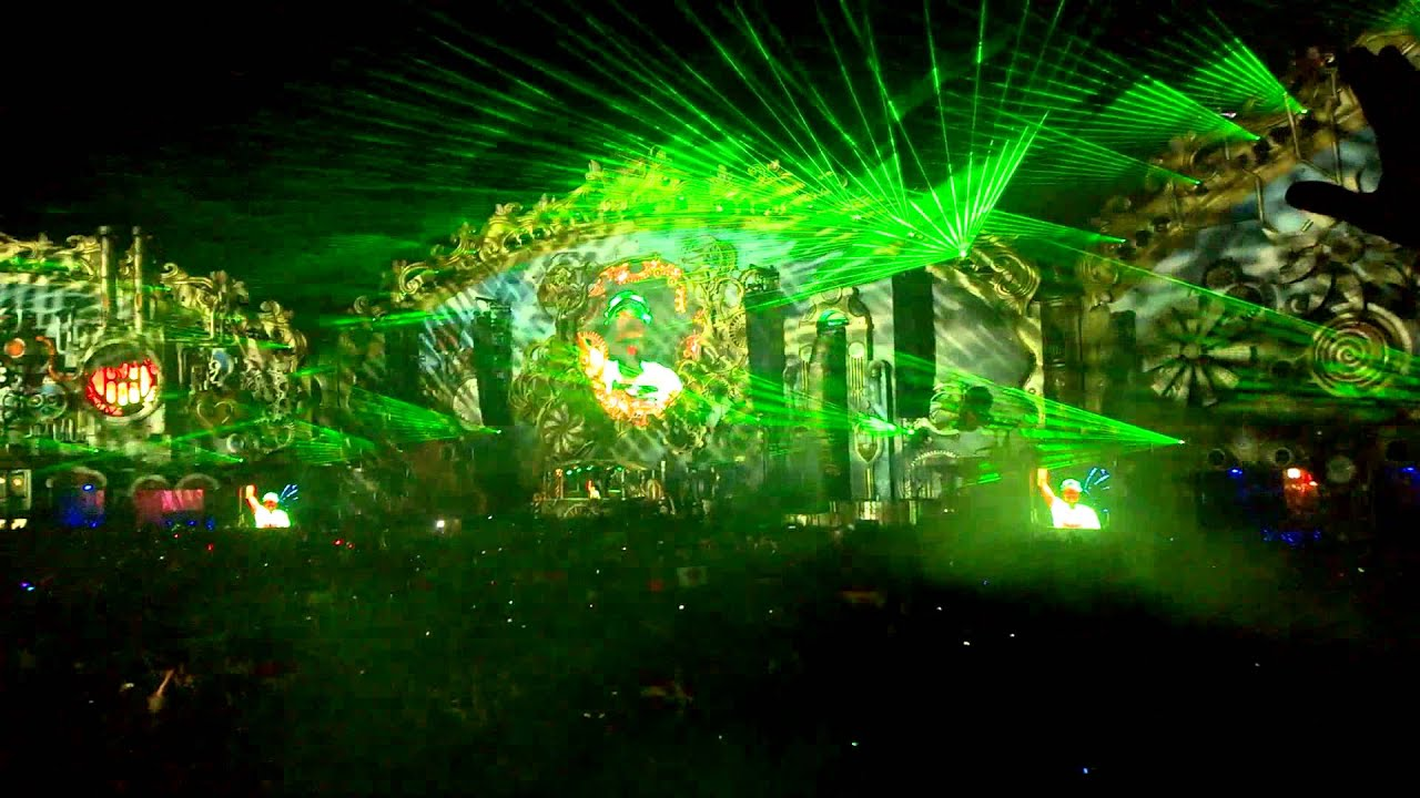 Tomorrowland 2014 Stag...