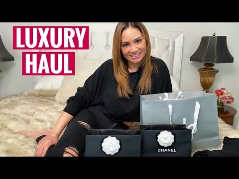 LUXURY HAUL UNBOXING (CHANEL + ALO)