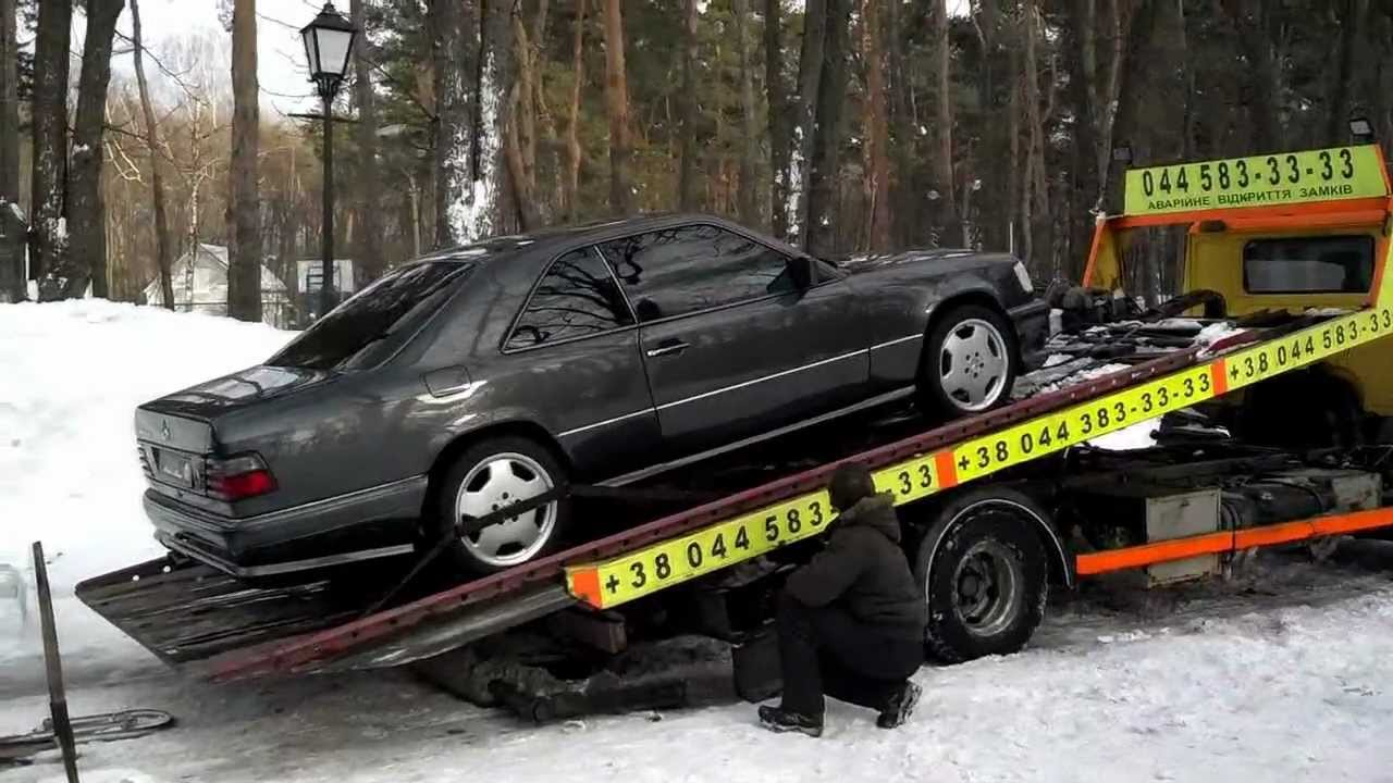 W124 Coupe AMG & W124 Coupe WALD loading to tow truck