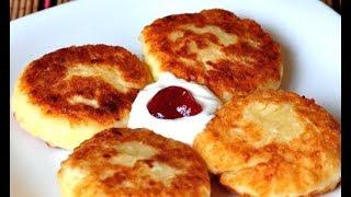 Сырники с творогом. Сырники рецепт. Творожники сырники. Сырники с манкой. Сырники с изюмом.