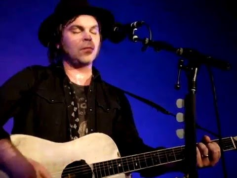 Download Gaz Coombes - One of These Days - Live @ The Masonic Lodge (4-2-16)