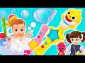 Pinkfong Baby Shark Melody Stick Soap Bubbles! Let's take a bubble bath with Kongsuni   PinkyPopTOY