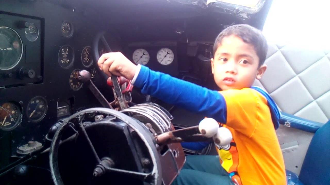 Junior pilot Fahim