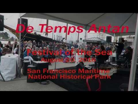 De Temps Antan at the 2016 Festival of the Sea