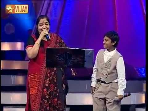 Sithra Sing uyireuyire with super singer in Aajithmp4