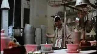 Video Otto Waalkes - Die Küchenhilfe / The Dishwasher download MP3, 3GP, MP4, WEBM, AVI, FLV November 2017