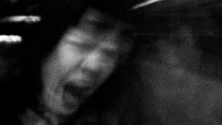Schizophrénie : Ecoutez à quoi rassemblent les hallucinations des personnes atteintes !
