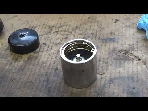 Bearing Buddy explanation & Greasable axle spindle
