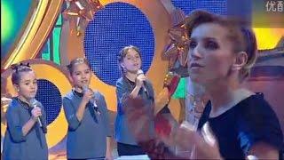 Martina, Gloria e Giada & Piccolo Coro: Santa notte