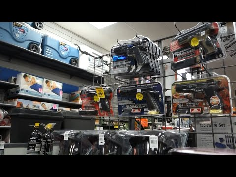 Shopping For Airsoft Guns I Ep. 109 (Day 99: Part 2 of 3) - KietTheViet Vlogs