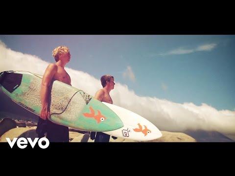 Goldfish - Heart Shaped Box ft. Julia Church