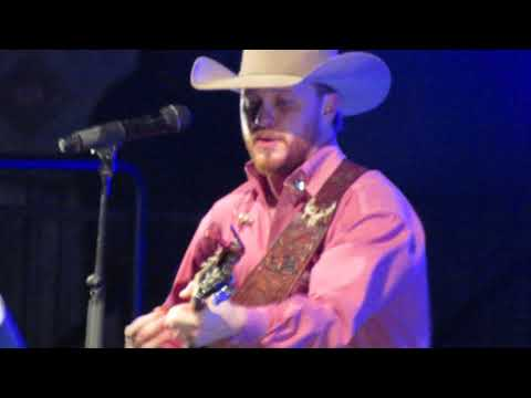 Cody Johnson Dance Her Home live (Tulsa Expo Square 12-9-17)