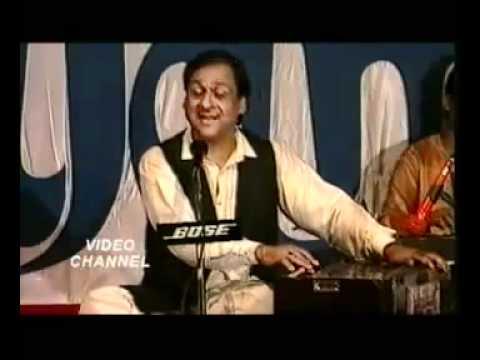 YouTube - Ghulam Ali - Chamakte Chand Ko.flv.flv